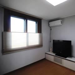 부여 석동리 전원주택 / 1F: 에이프릴디아의  방