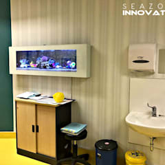 Perfet Tool for Stress Management - Crystal White Wall Mounted Aquarium:  Clinics by Seazone Innovative Sdn Bhd, Modern