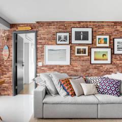 غرفة المعيشة تنفيذ Ana Mendes Arquitetura