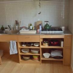 Keukenblokken door 注文家具屋 フリーハンドイマイ