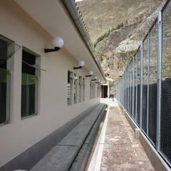 Conafovicer: Edificios de oficinas de estilo  por ELCICSA,