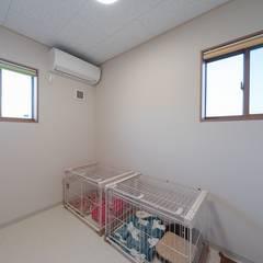 犬のおうち: 八木建設株式会社が手掛けた子供部屋です。