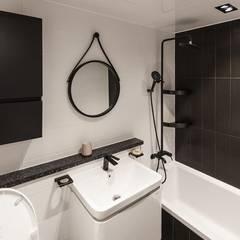 익산인테리어 익산 포스코 더샵 40평대 아파트인테리어 by 디자인투플라이: 디자인투플라이의  욕실,모던