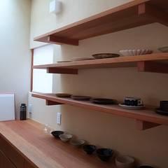 洲本の家: 森本敦志建築設計事務所が手掛けたキッチンです。