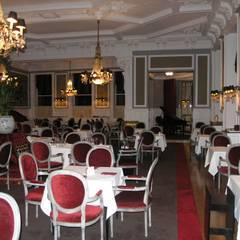 Grande Hotel do Porto: Salas de jantar  por Ferreira de Sá