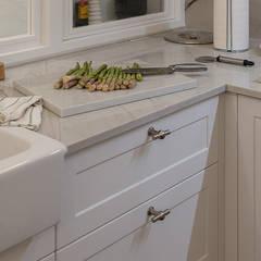 classic Kitchen by Gumuzio&PRADA diseño e interiorismo