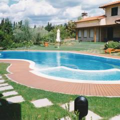 สระว่ายน้ำอินฟินิตี้ by Morelli & Ruggeri Architetti