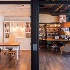 IKLIMA SENOL ARCHITECTURAL- INTERIOR DESIGN & CONSTRUCTION – Mimarlık Ofisi:  tarz Ofis Alanları