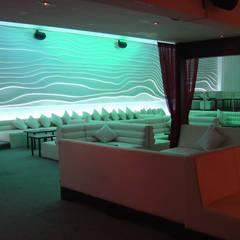 Bars & clubs توسطB&Ö Arquitectura interior y muebles | Diseño de bares y restaurantes / Interiorismo y Decoración México., مینیمالیستیک