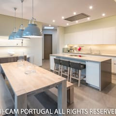 Kitchen units by Hi-cam Portugal