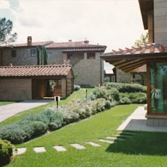 Villas by Morelli & Ruggeri Architetti