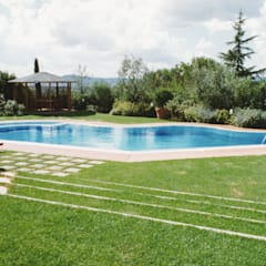 Bể bơi vô cực by Morelli & Ruggeri Architetti