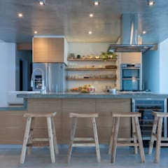 House Kai:  Kitchen units by JBA Architects