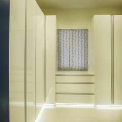 POISE Bedroom Minimalist bedroom by Poise Minimalist