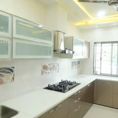 kitchen: modern Kitchen by Alag Interior