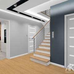 Dom w Kartuzach: styl , w kategorii Korytarz, przedpokój zaprojektowany przez AKAart Pracownia Projektowa