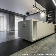 Nowoczesny, męski apartament : styl , w kategorii Podłogi zaprojektowany przez Bautech Sp. Z O.O.