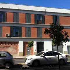 Estado anterior a la reforma: Edificios de oficinas de estilo  de Margarita Jiménez moreno