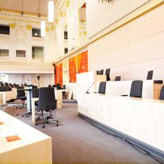 Ausweichquartier Parlament:  Kongresscenter von Schwarzott Einrichtungshaus & Werkstätte