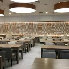 Panele ścienne 3D MDF Luxum: styl , w kategorii Bary i kluby zaprojektowany przez Luxum