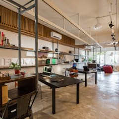 12e Design Studio:  Office buildings by Twelve Empire Sdn Bhd