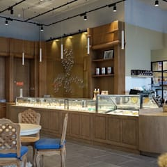 Interior Design for french pastry store in China من jun wan dumont كلاسيكي خشب Wood effect
