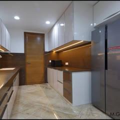 Kitchen: modern Kitchen by malvigajjar