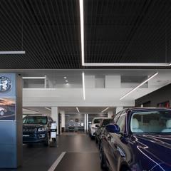 Đại lý xe hơi by Terra Arquitectos