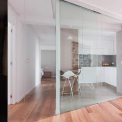 Reforma de Vivienda_Urzaiz: Cocinas de estilo  de MAGA - Diseño de Interiores