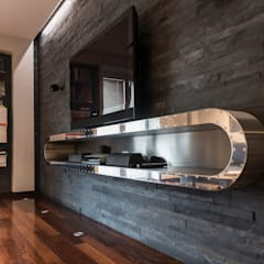 Media room by marco tassiello architetto, Modern