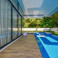 Bể bơi by Arkitek Axis