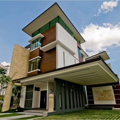 LOT. 18, VANDA PRECINT, MINES SOUTH LAKE:  Houses by Arkitek Axis