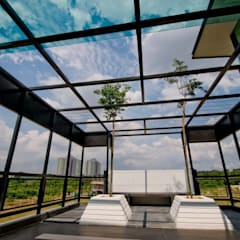 Lot. 18 House:  Conservatory by Arkitek Axis