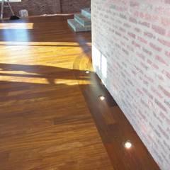 : Pavimentos  por Shine Star Flooring