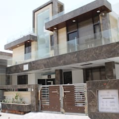 Garg Residence:  Houses by KHOWAL ARCHITECTS + PLANNERS