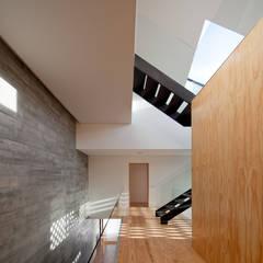 Casa em Miramar: Jardins  por e|348 arquitectura