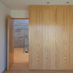 Dressing room by e|348 arquitectura, Minimalist