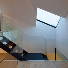 Escalier de style  par e|348 arquitectura