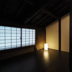 Media room by 一級建築士事務所 (有)BOFアーキテクツ