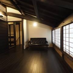 Salas multimedias de estilo  por 一級建築士事務所 (有)BOFアーキテクツ