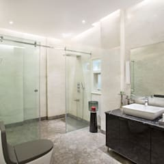 Chattarpur Farm House , New Delhi:  Bathroom by Total Interiors Solutions Pvt. ltd.