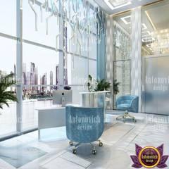 Office design concepts from Katrina Antonovich: modern Study/office by Luxury Antonovich Design