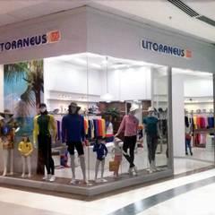 Projeto de Interiores - LItoraneus UV Protection: Shopping Centers  por kleyton abreu arquitetura