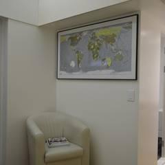 Ruang Keluarga Minimalis Oleh 마룸 Minimalis