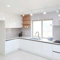 Built-in kitchens by OUA 오유에이