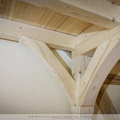 Dachausbau mit Galerie: landhausstil Kinderzimmer von Thisalo GmbH