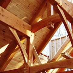 Atap gable by Drevo - Wood Solutions Lda