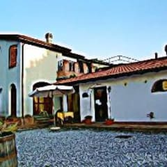 Ristrutturazione Agriturismo: Casa di campagna in stile  di Arch. Della Santa Giorgio
