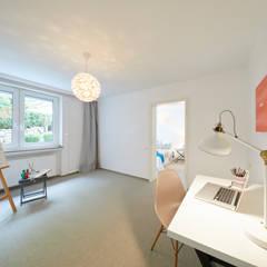 Exponierte Unternehmervilla in Bestlage - Arbeiten:  Arbeitszimmer von Tschangizian Home Staging & Redesign