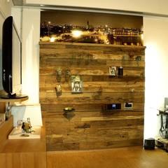 Altholz Wandpaneele:  Flur & Diele von Pfister Möbelwerkstatt GdbR